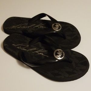 Michael Kors MK Flip Flops size 7